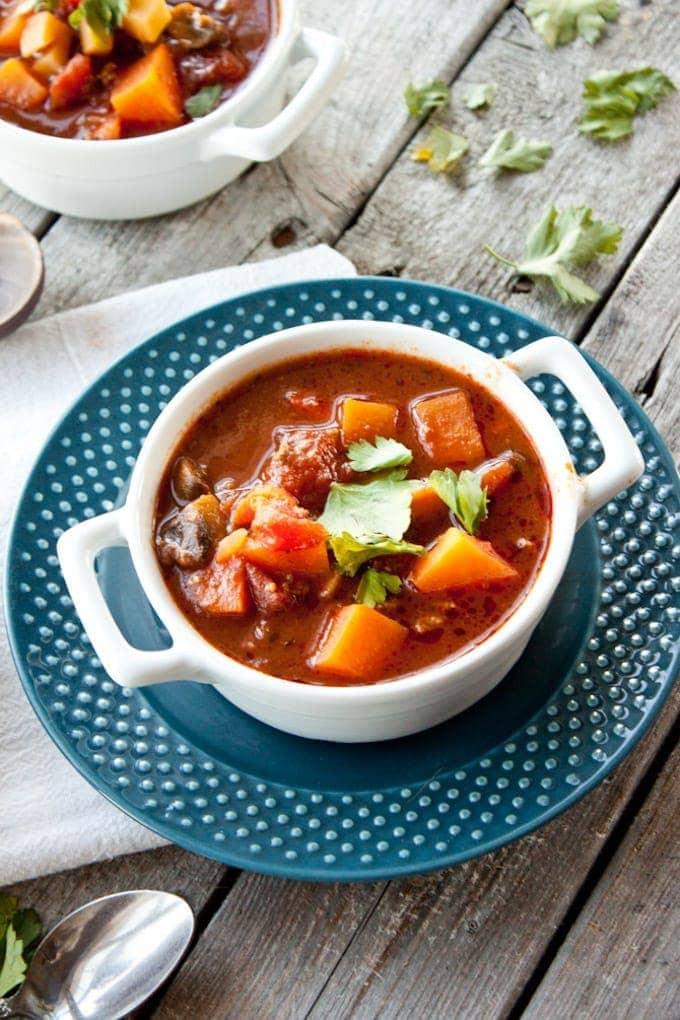 Sweet Potato Chili - Simple Roots Wellness   SmartLittleCookie.net