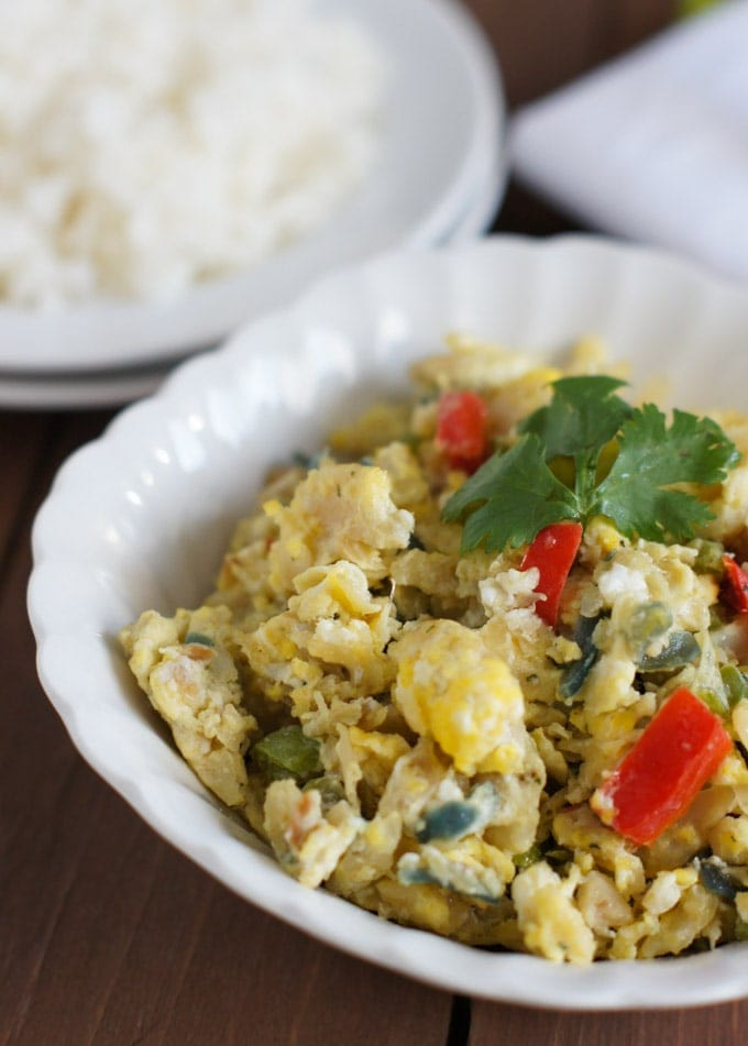 Codfish and Egg Scramble (Bacalao con Huevo) | SmartLittleCookie.net