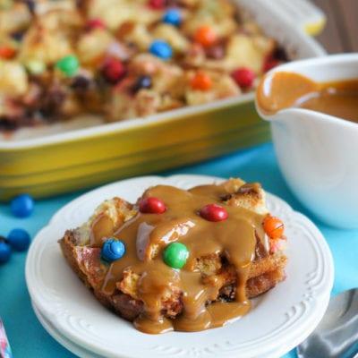 Bread Pudding with M&M's® Crispy and Dulce de Leche Sauce