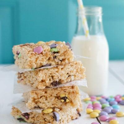 Rice Krispies Treats with M&M Chocolates   SmartLittleCookie.net