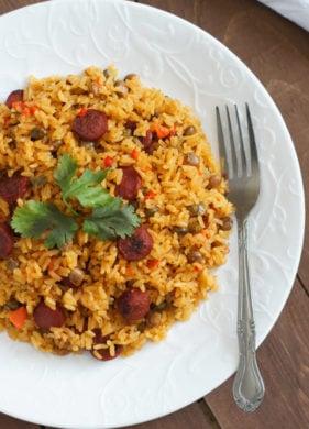 Pigeon Peas Rice with Sausage (Moro de Guandules y Salchichas) | SmartLittleCookie.net