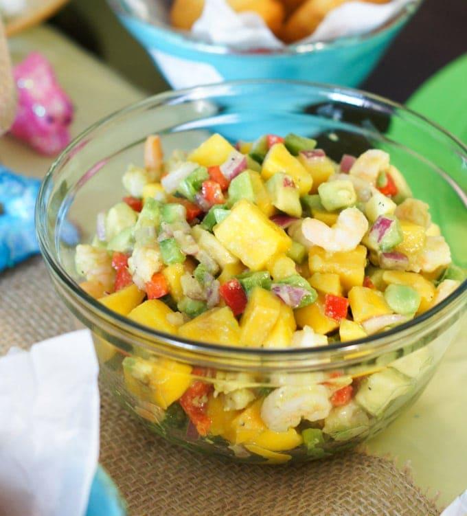 Shrimp Mango and Avocado Salad | SmartLittleCookie.net