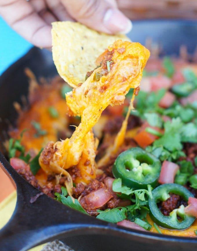 Queso Fundido with Chorizo | SmartLittleCookie.net