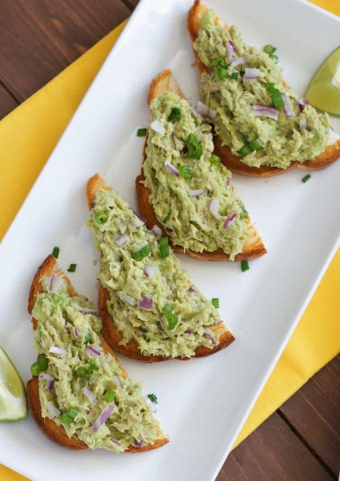 Tuna Avocado Tostadas | SmartLittleCookie.net