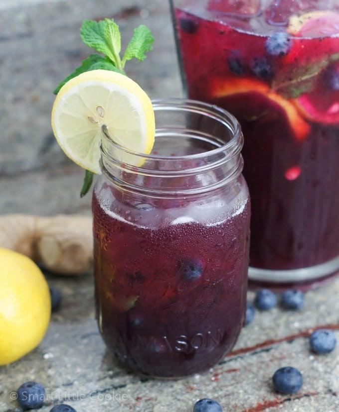 Blueberry Ginger Lemonade |mydominicankitchen.com