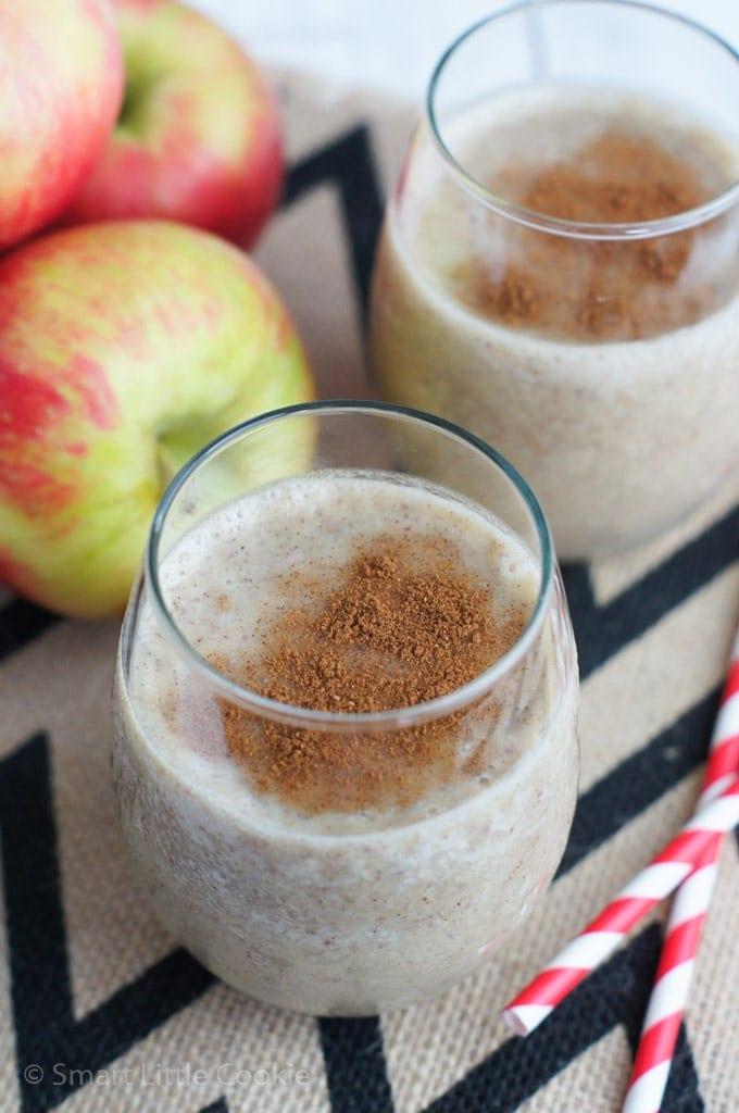 Apple Pie Smoothie |smartlittlecookie.net