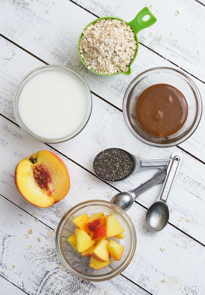 Ingredientes para preparar la avena remojada