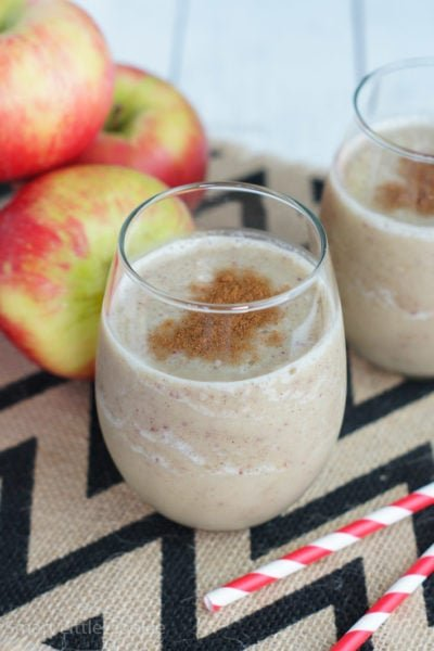 Apple Pie Smoothie ~ All the flavors of apple pie served in a glass.