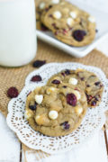 Easy to make and perfectly soft cranberry white chocolate chip cookies. smartlittlecookie.net #cookies