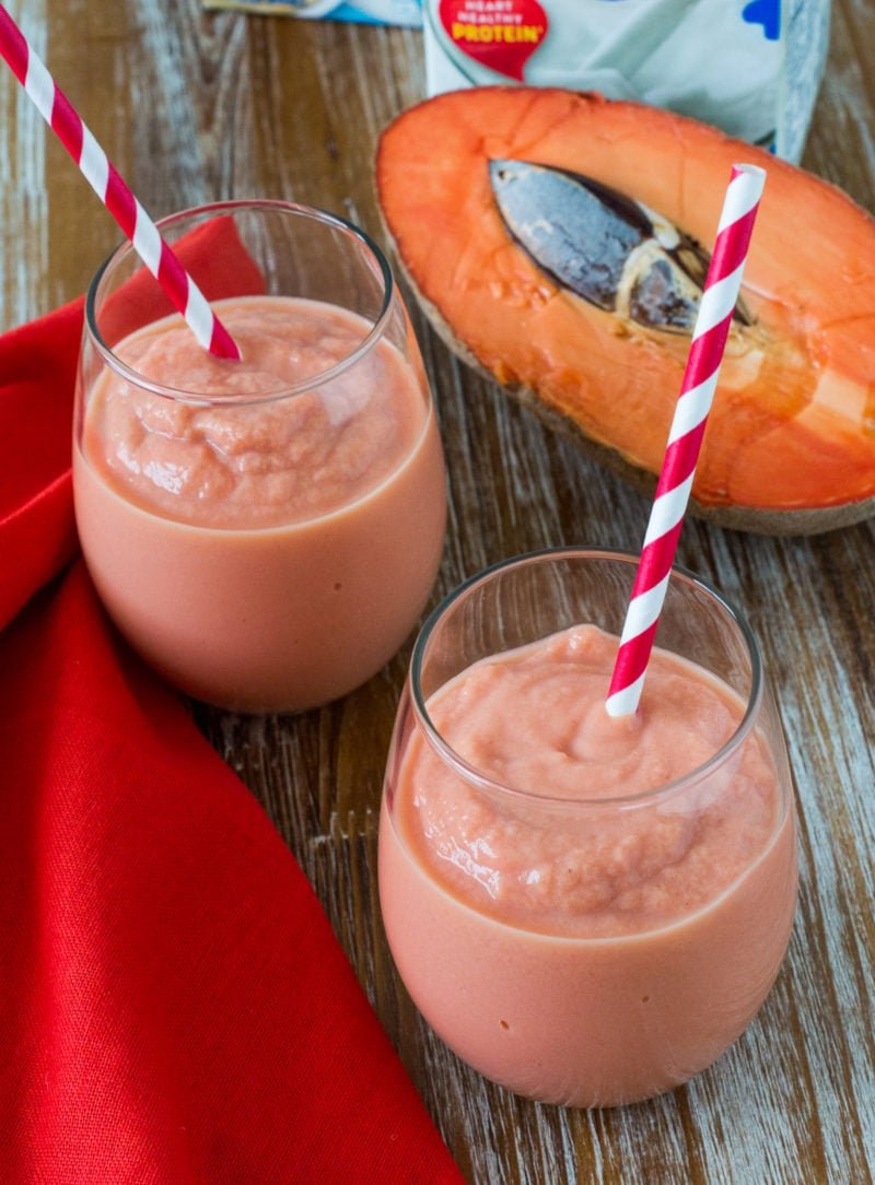Healthy Mamey Smoothie ~ An easy tropical fruit smoothie with all the flavors of the traditional Mamey (Zapote) smoothie made healthier. #HealthySmoothie smartlittlecookie.net