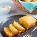 The best easy cornbread recipe. - Smart Little Cookie