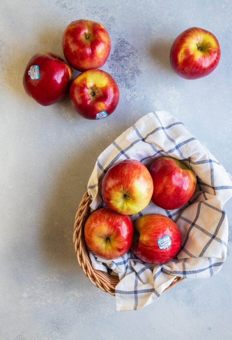 Rave apples in a basket