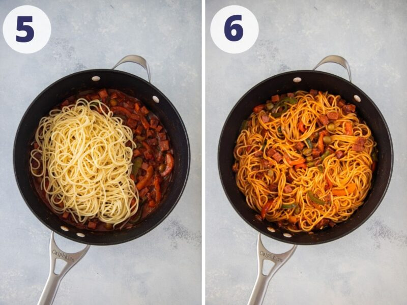 Mezclando los espaguetis con la salsa para pasta